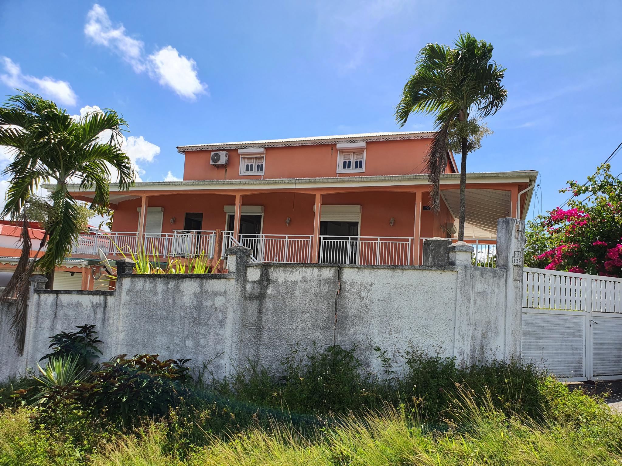 maison/villa A vendre PETIT BOURG