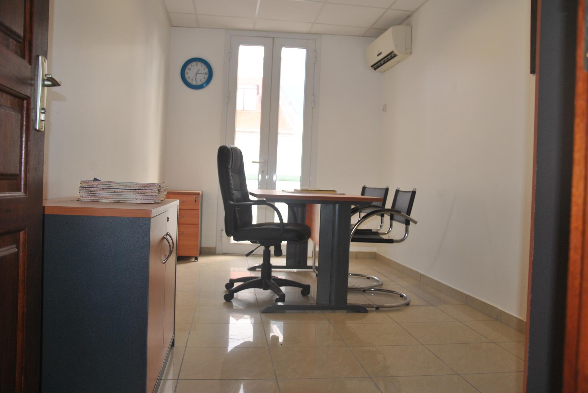 bureaux A louer POINTE A PITRE