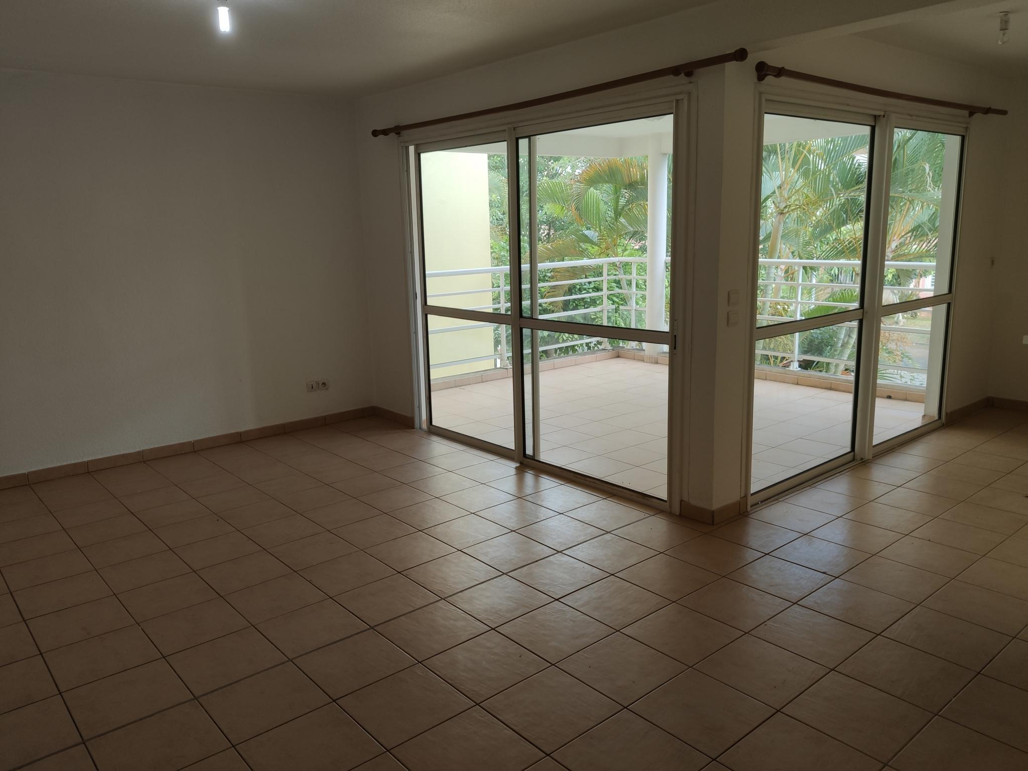 appartement A vendre BAIE MAHAULT