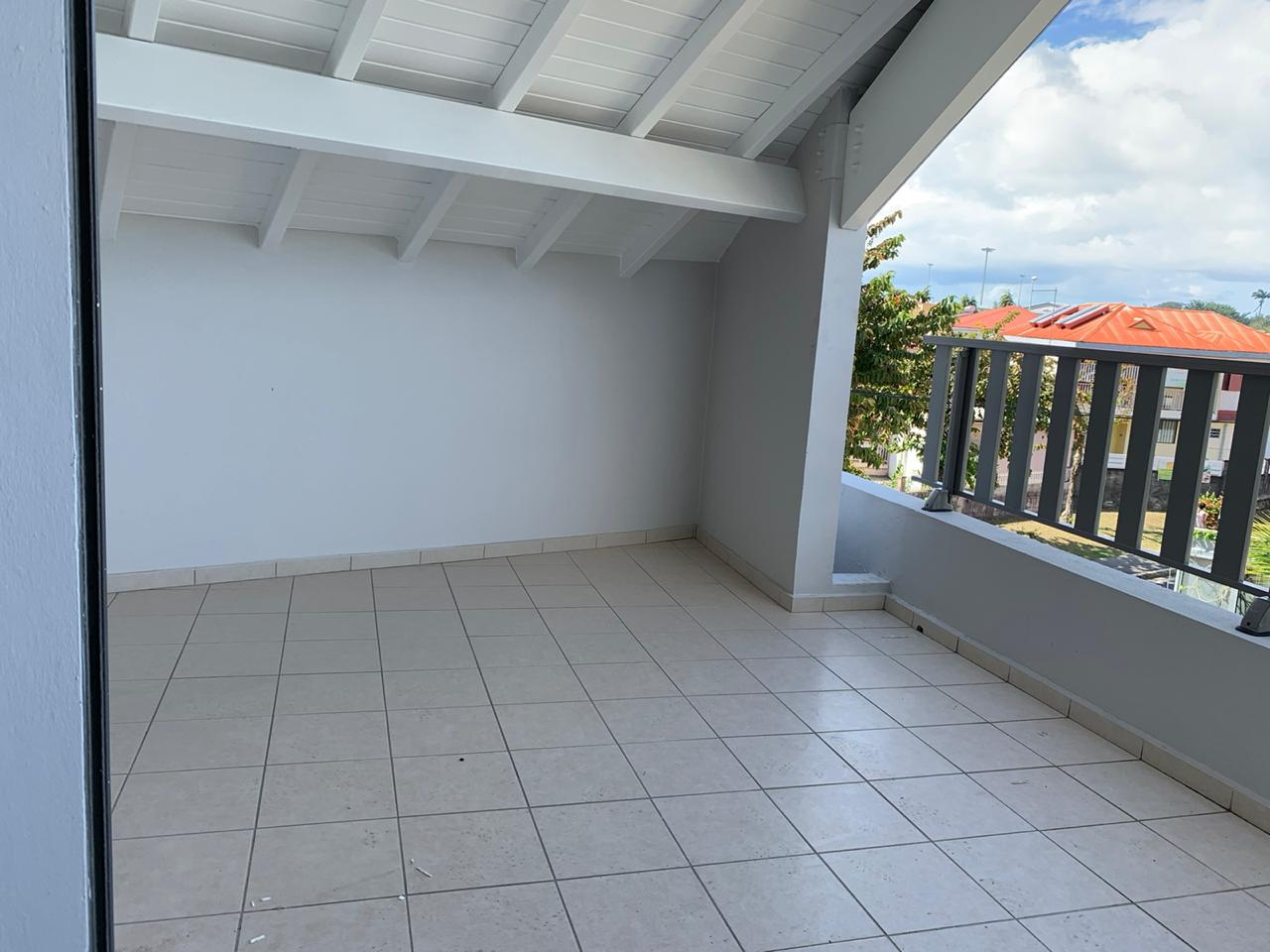 appartement A louer BAIE MAHAULT