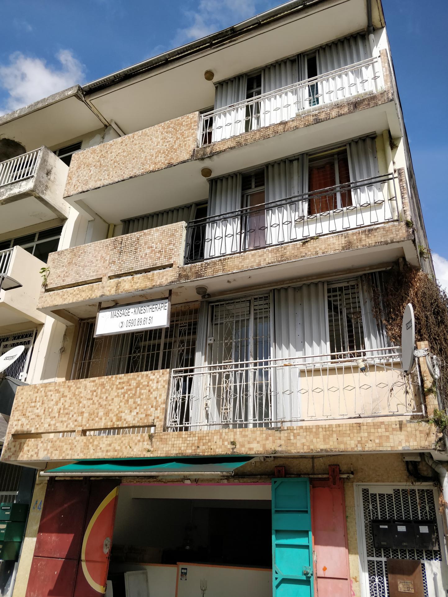 appartement A vendre LES ABYMES