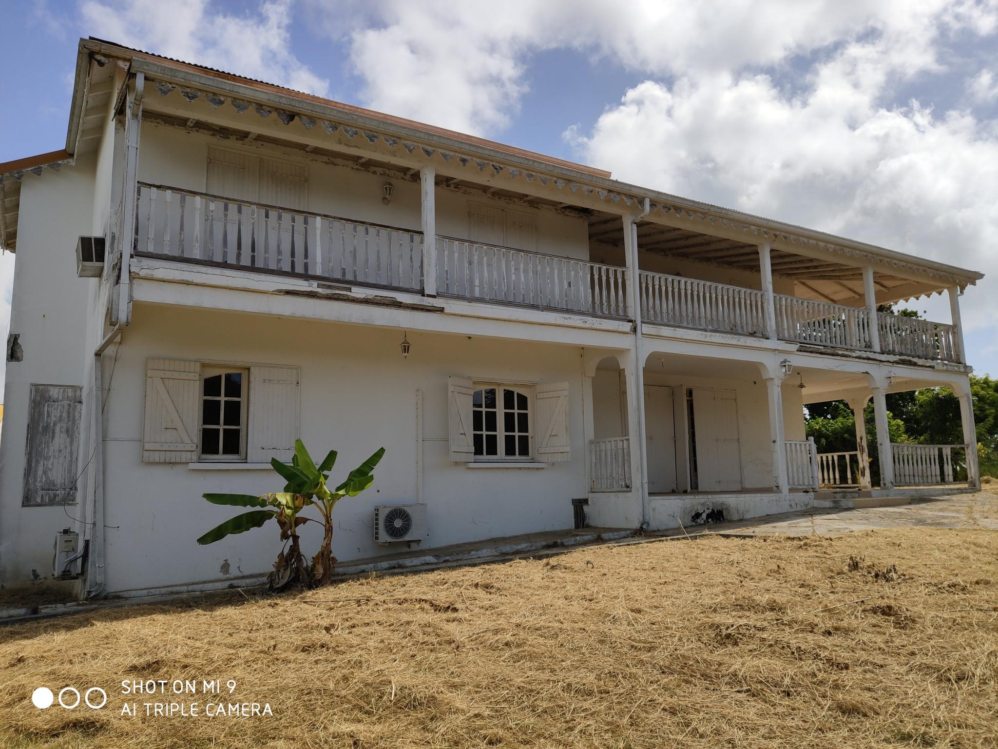 maison/villa A louer LE GOSIER