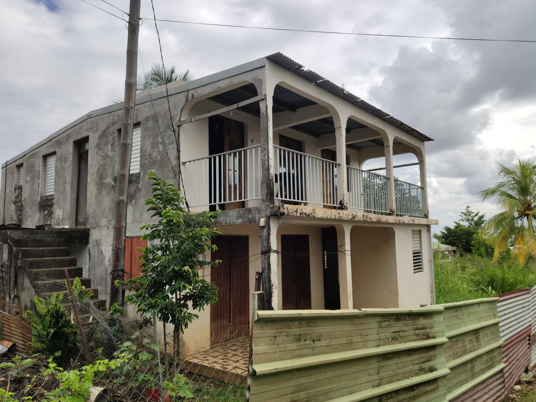 maison/villa A vendre CAPESTERRE BELLE EAU